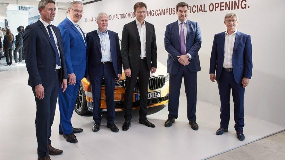 http://reklamirajte.se/wp-content/uploads/2018/04/BMW-autonomna-vožnja-5.jpg