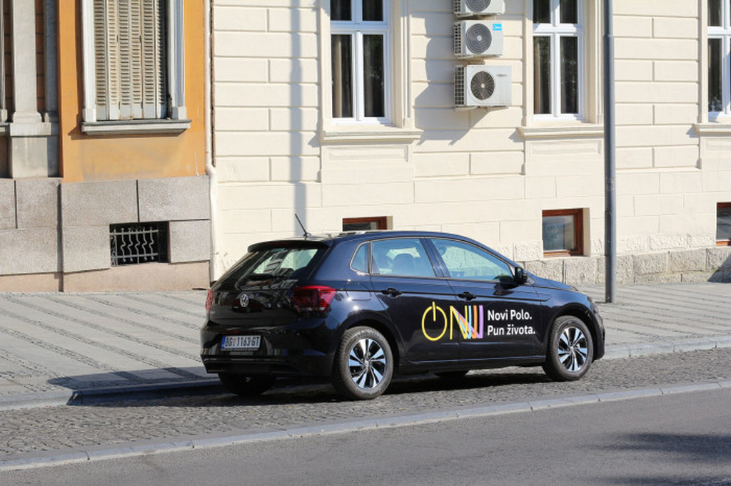 http://reklamirajte.se/wp-content/uploads/2018/08/VW-Polo-3.jpg