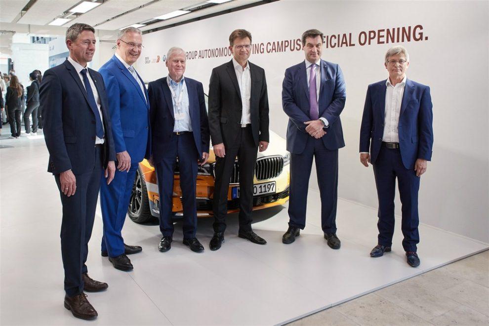 https://reklamirajte.se/wp-content/uploads/2018/04/BMW-autonomna-vožnja-5.jpg