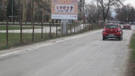 https://reklamirajte.se/wp-content/uploads/2018/05/BB-348-B-od-TC-Vivo-i-Aqua-Parka-ka-raskrsnici-sa-glavnom-ulicom.jpg