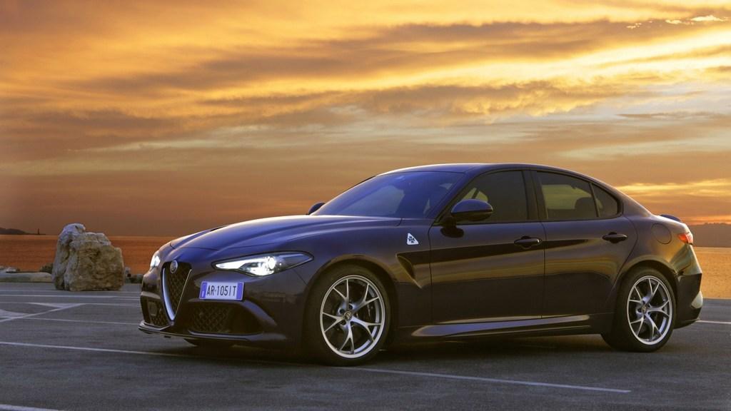 https://reklamirajte.se/wp-content/uploads/2018/06/Alfa-Romeo_Giulia-Quadrifoglio_2.jpg