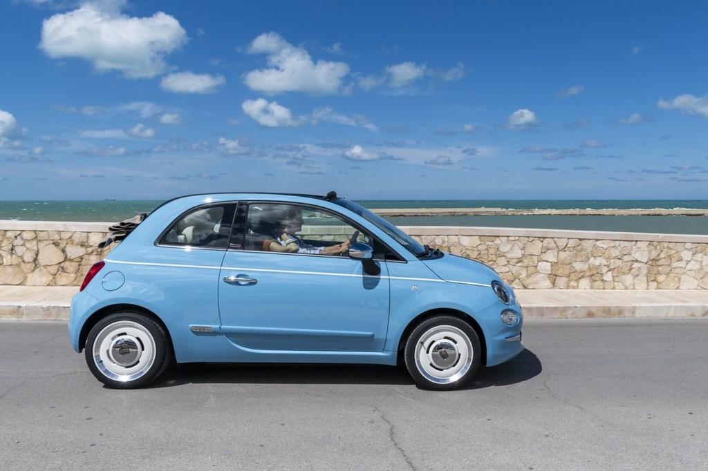 https://reklamirajte.se/wp-content/uploads/2018/07/Fiat_500-Spiaggina-4.jpg