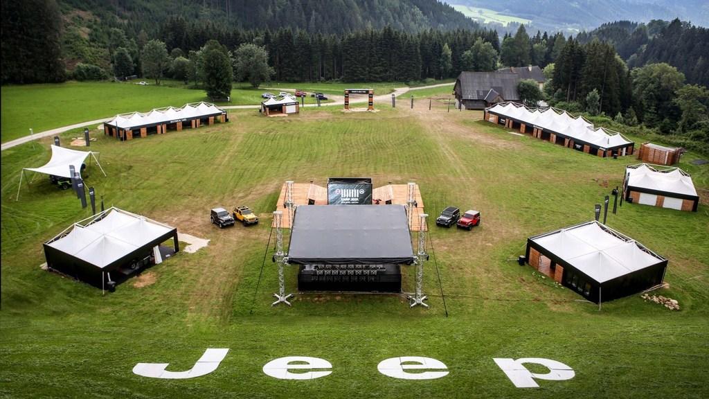 https://reklamirajte.se/wp-content/uploads/2018/07/Jeep-2.jpg