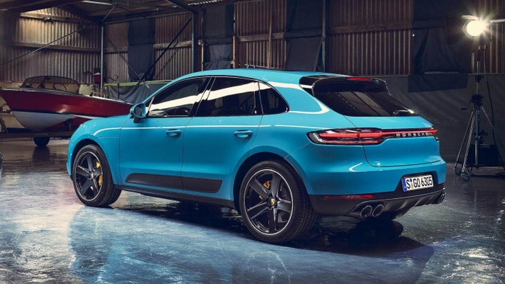 https://reklamirajte.se/wp-content/uploads/2018/07/Porsche-Macan-5.jpg