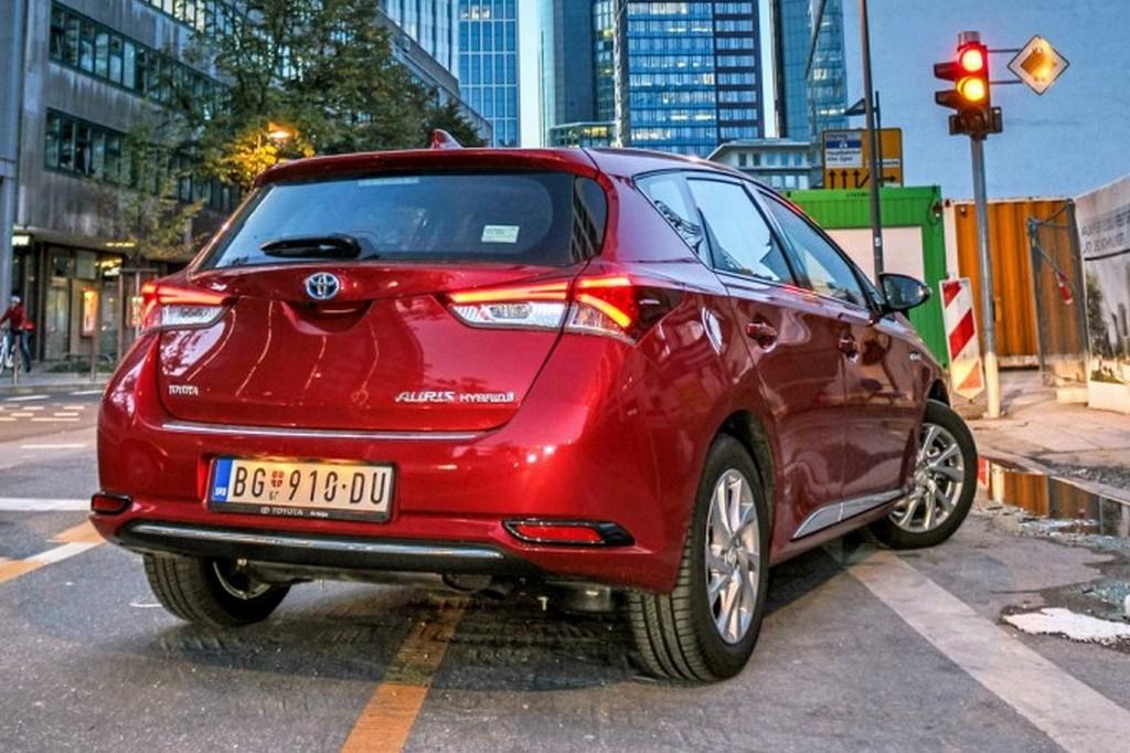 https://reklamirajte.se/wp-content/uploads/2018/07/Toyota-2.jpg