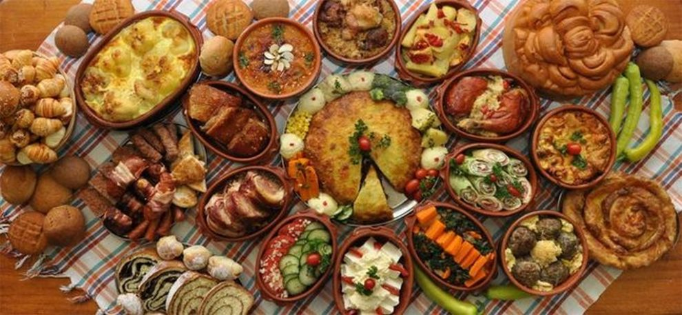 https://reklamirajte.se/wp-content/uploads/2018/08/Tradicija-srpske-kuhinje-5.jpg
