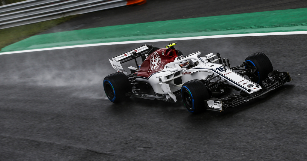 https://reklamirajte.se/wp-content/uploads/2018/09/Sauber-F1-1.jpg