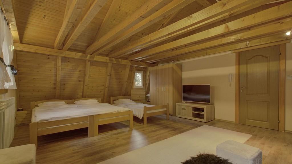 https://reklamirajte.se/wp-content/uploads/2018/11/Guesthouse-Yeti-apartman.jpg
