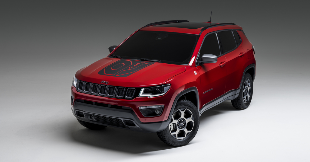 190305_Jeep_Compass_Plug-in_Hybrid_4