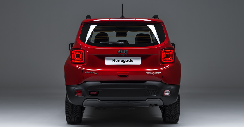 190305_Jeep_Renegade_Plug-in_Hybrid_14