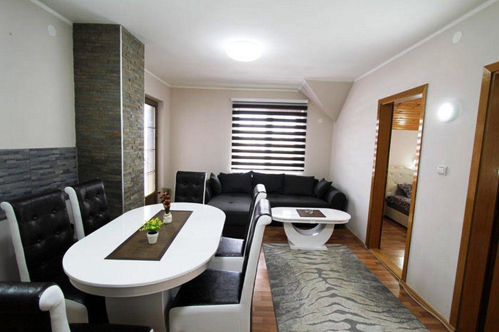 Apartmani Zlatibor-Apartman Baneks 1