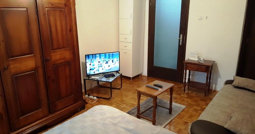 Apartmani Zlatibor-Apartman Baneks 2 3