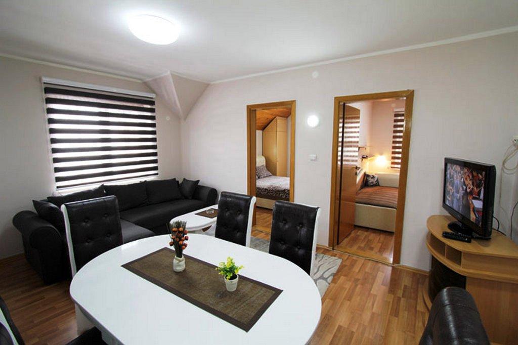Apartmani Zlatibor-Apartman Baneks 4