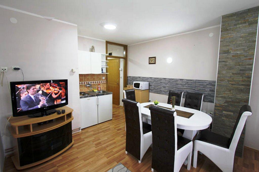 Apartmani Zlatibor-Apartman Baneks 5
