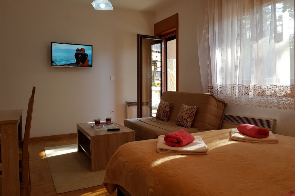 Apartmani Zlatibor-Apartmani Laki Lux 5-5