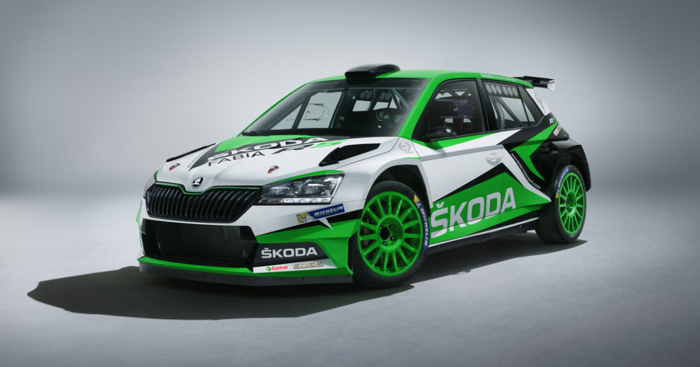 fabia-r5-concept-34-front-jpg