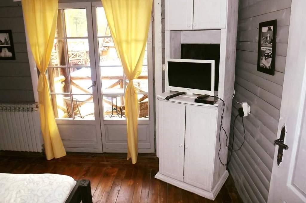 Apartmani Zlatibor-Etno selo Zlatiborska jezera-apartmani 1