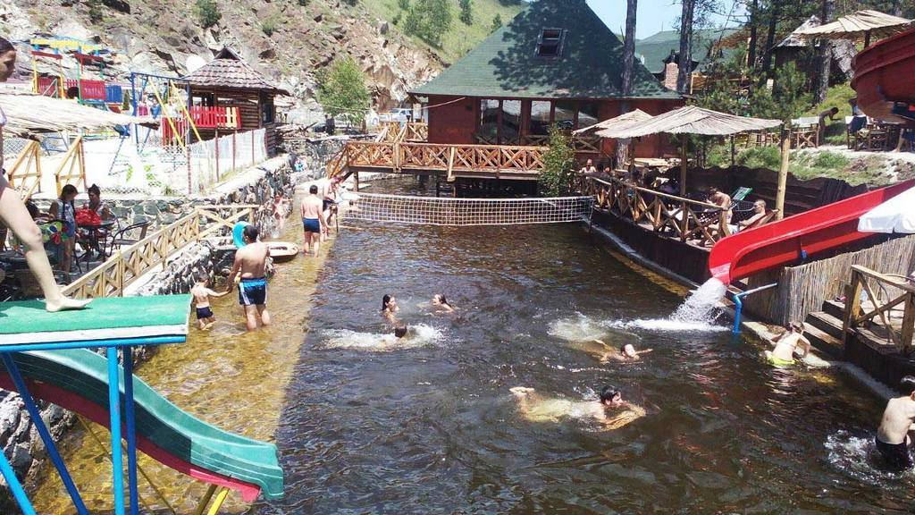Apartmani Zlatibor-Etno selo Zlatiborska jezera-aqua park 3