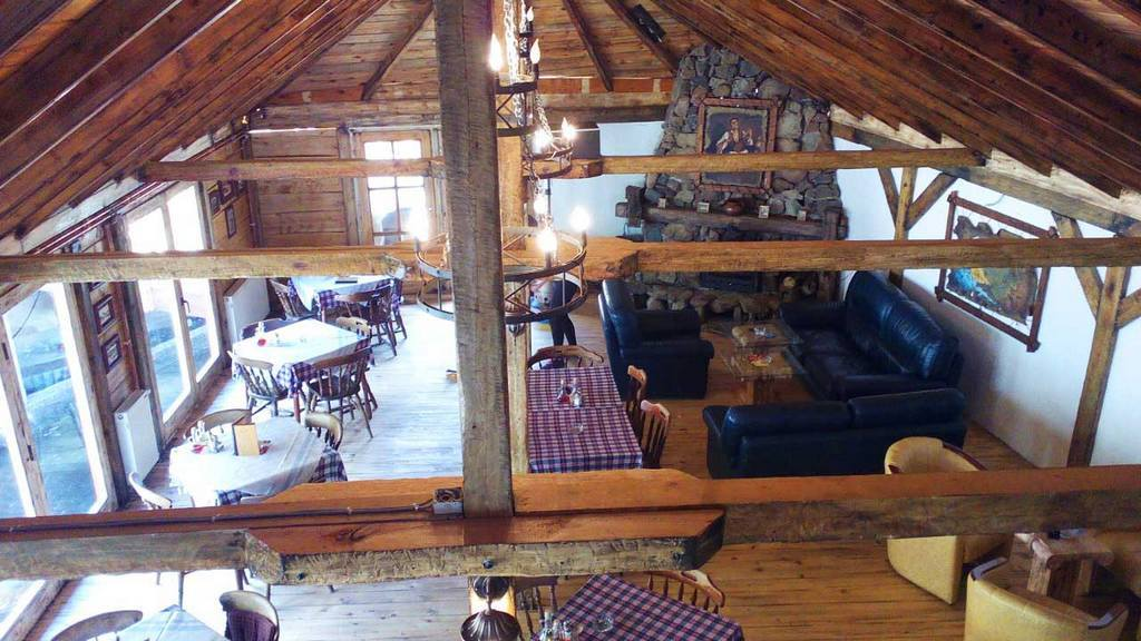 Apartmani Zlatibor-Etno selo Zlatiborska jezera-restoran 1