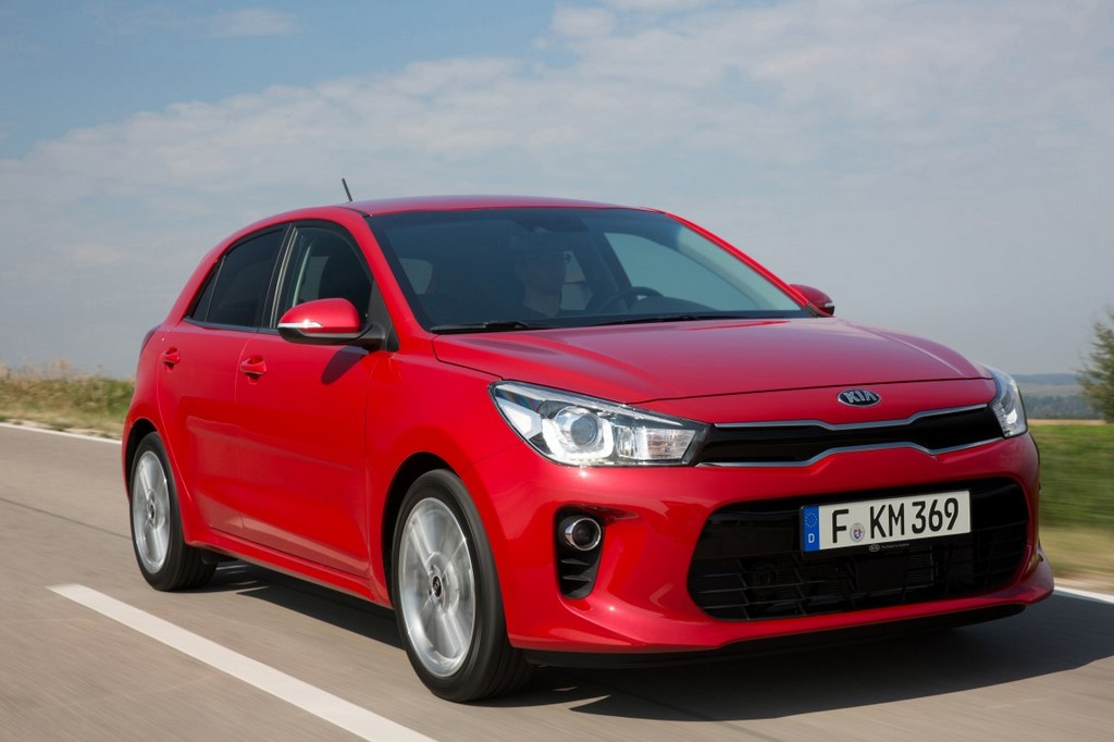 New Kia Rio - exterior, dynamic 1 (Medium)